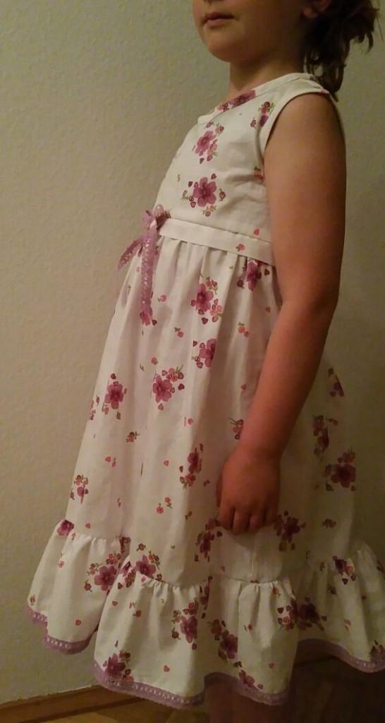 Kleidchen zur Einschulung,genäht von Mama