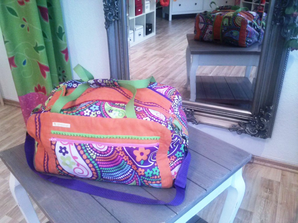 Auch beim Nähen einer Sporttasche kann man seine Kreativität losgallopieren lassen....