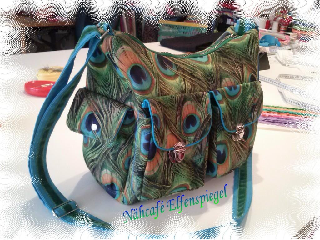 Handtasche aus Canvas,mit Rips-Futter,Biesen Samtband,Herzchenschnallen....ein Liebhaber-Stück <3